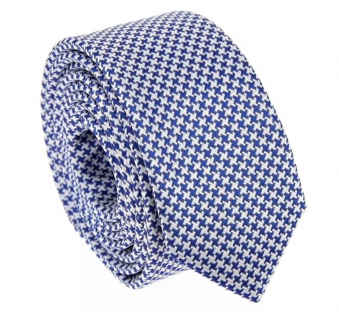 narrow-tie-with-blue-and-white-houndstooth-pattern.jpg