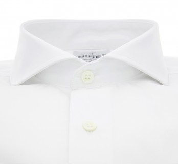 Tailored fit white cutaway collar shirt