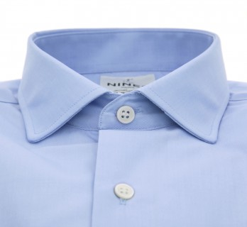 Blue rounded shark collar tailored fit