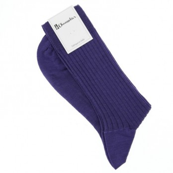Indigo blue socks made of new wool