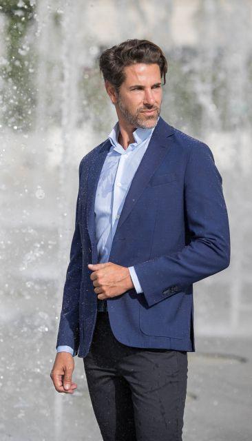 Globe trotter cobalt blue jacket