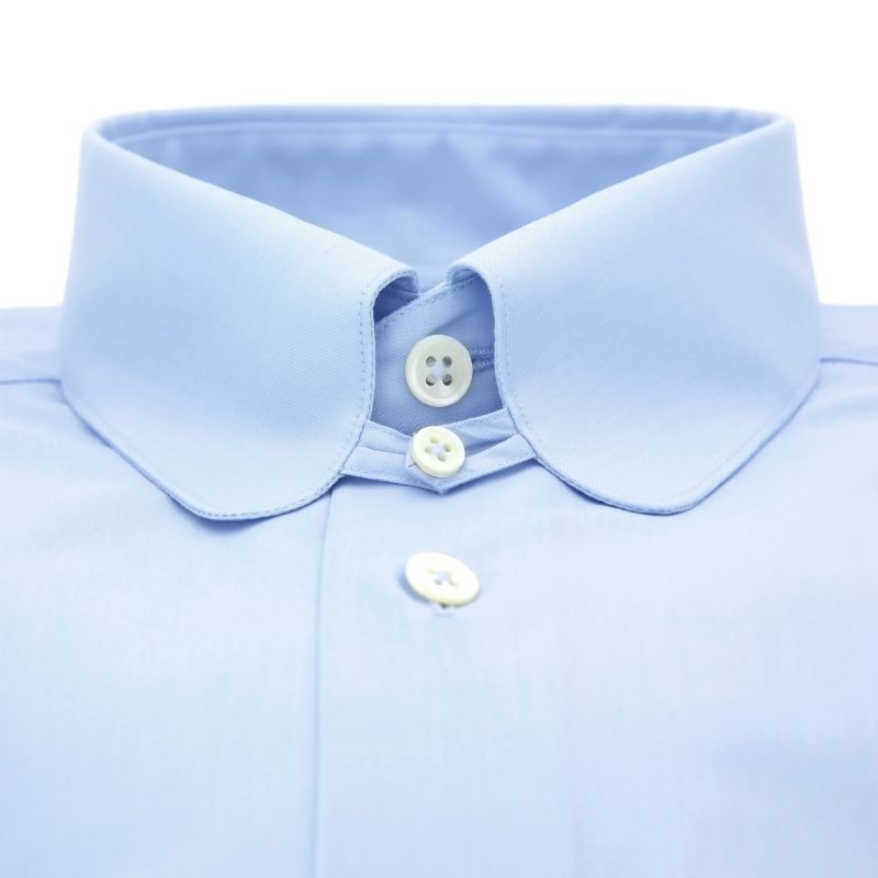 4fea985d1d454a ... Light blue rounded tab collar shirt in poplin slim fit ...