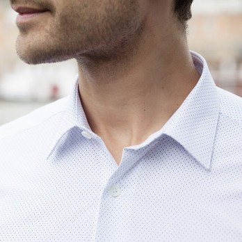 White Japanese collar shirt with blue dots
