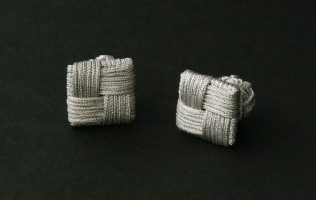 Silver grey Square silk knots - Manila