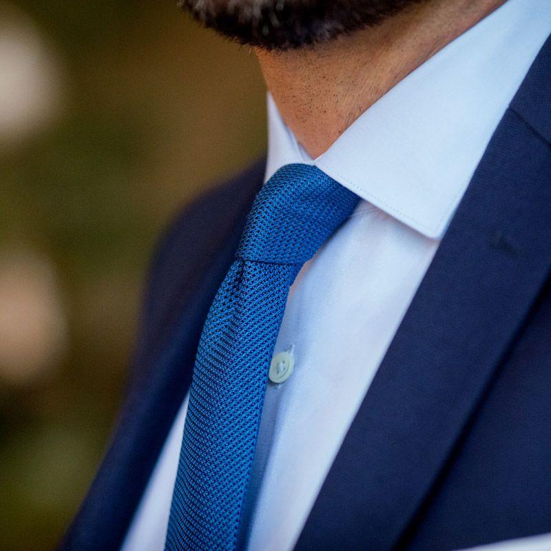 Blue shark collar shirt