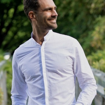 White reverse collar linen shirt with hidden placket