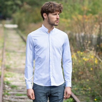 White reverse collar shirt with blue stripes
