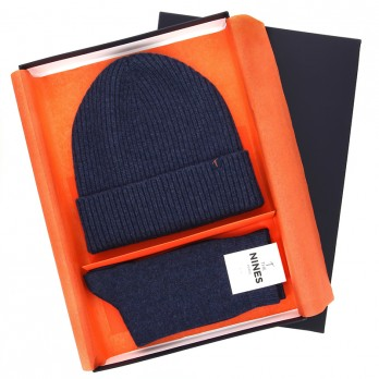 Winter gift set - Blue wool beanie and cashmere socks