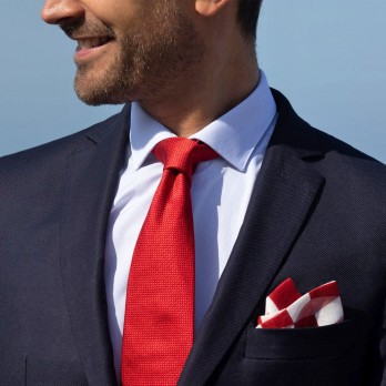 Red pocket square with cube-shaped patterns in linen