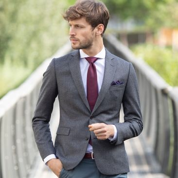 Grey wool flannel jacket with houndstooth pattern