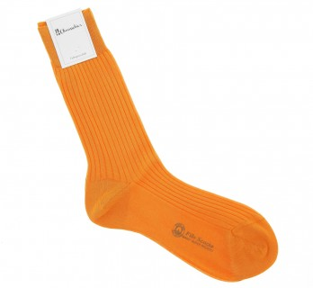 Apricot-coloured cotton lisle socks